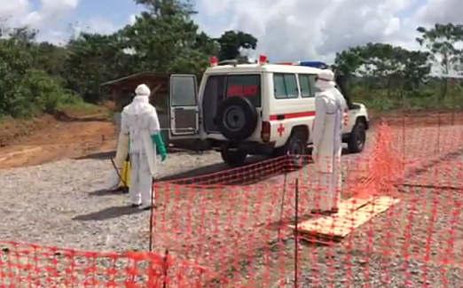 Desinfektion eines Krankenwagens