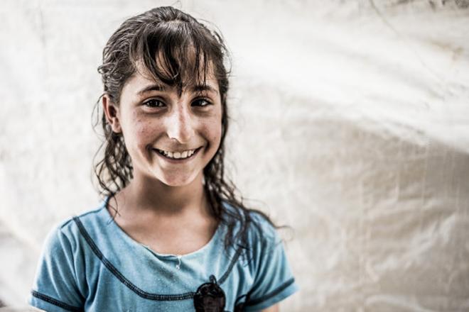 Foto: Portrait eines Mädchens in Azraq, Jordanien.