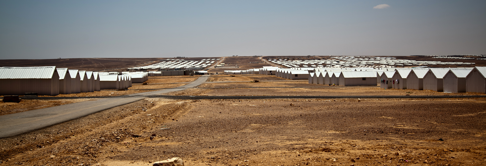 Foto: BLick auf die Hütten des Flüchtlingslagers Azraq in Jordanien.