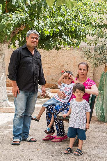 Mazen und seine Familie sind aus Aleppo, Syrien, nach Lavrio, Griechenland, geflohen. (Foto: René Schulthoff)