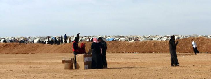 Foto: Syrische Flüchtlinge in der Wüste