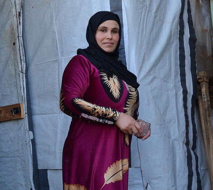 Syrische Frau im Flüchtlingscamp Zahrani