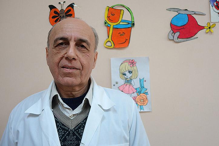 SARC-Helfer Dr. Shamel
