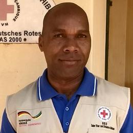 Foto: Portrait eines Mitarbeiters des Mosambikanischen Roten Kreuzes