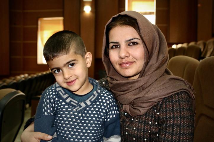 Foto: Portrait einer irakischen Mutter mit ihrem Sohn