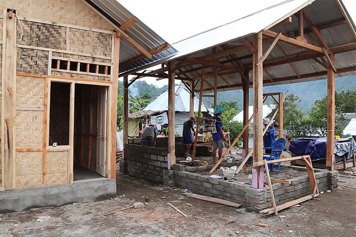 Katastrophen in Indonesien: Modellhaus für den Wiederaufbau