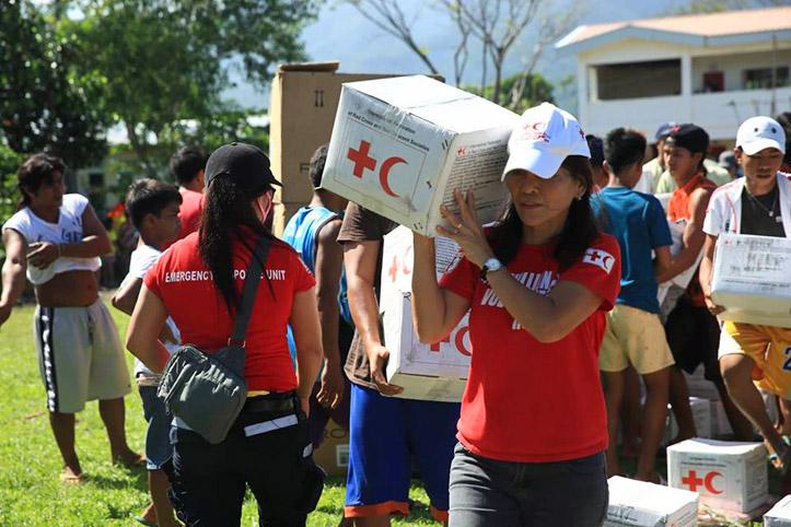 Foto: Verteilung von Hilfsgütern vom IFRC