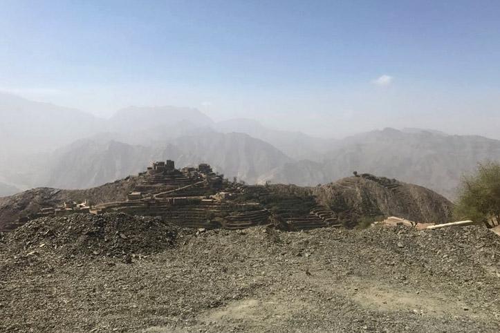 Foto: Karge Landschaft im Jemen