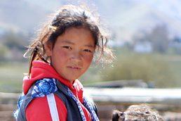 Foto: Portrait eines kirgisischen Mädchens
