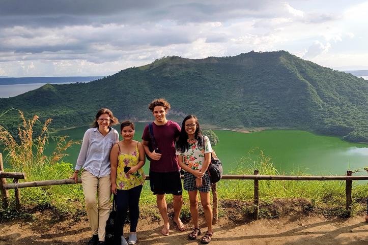 Erinnerungsfoto vom Taalsee, Philippinen, vor Vulkan-Ausbruch