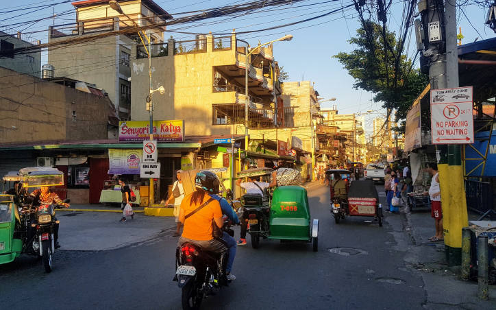 COVID-19 in Philippines: quiet street in Manila