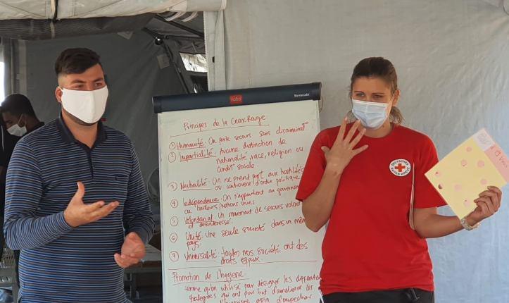 Hygieneschulung im Flüchtlingslager auf Lesbos