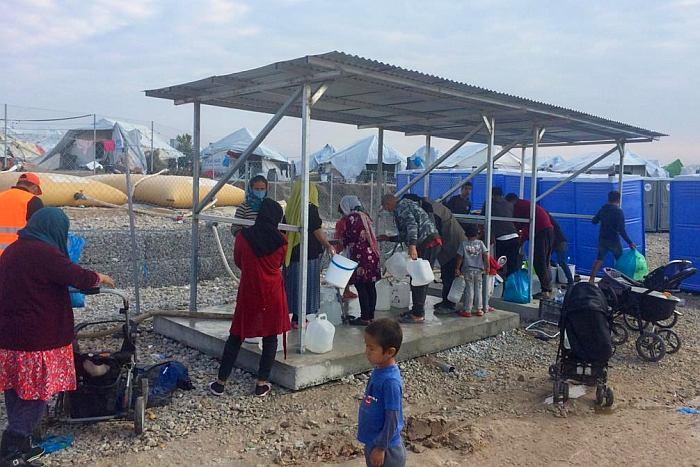 Wasserentnahmestelle im Flüchtlingslager Kara Tepe