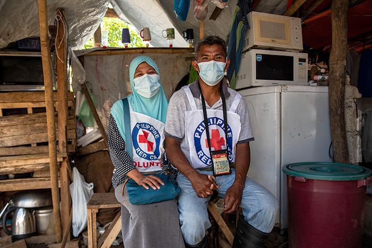 Freiwillige des Philippinischen Roten Kreuzes