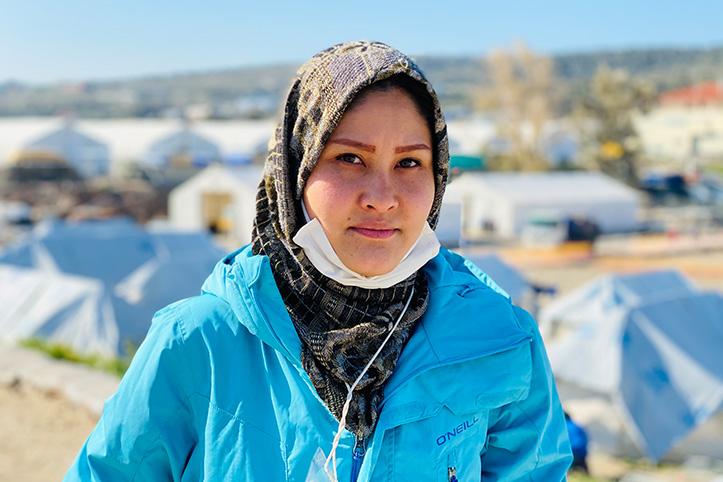 Portrait einer afghanischen Rotkreuzfreiwilligen
